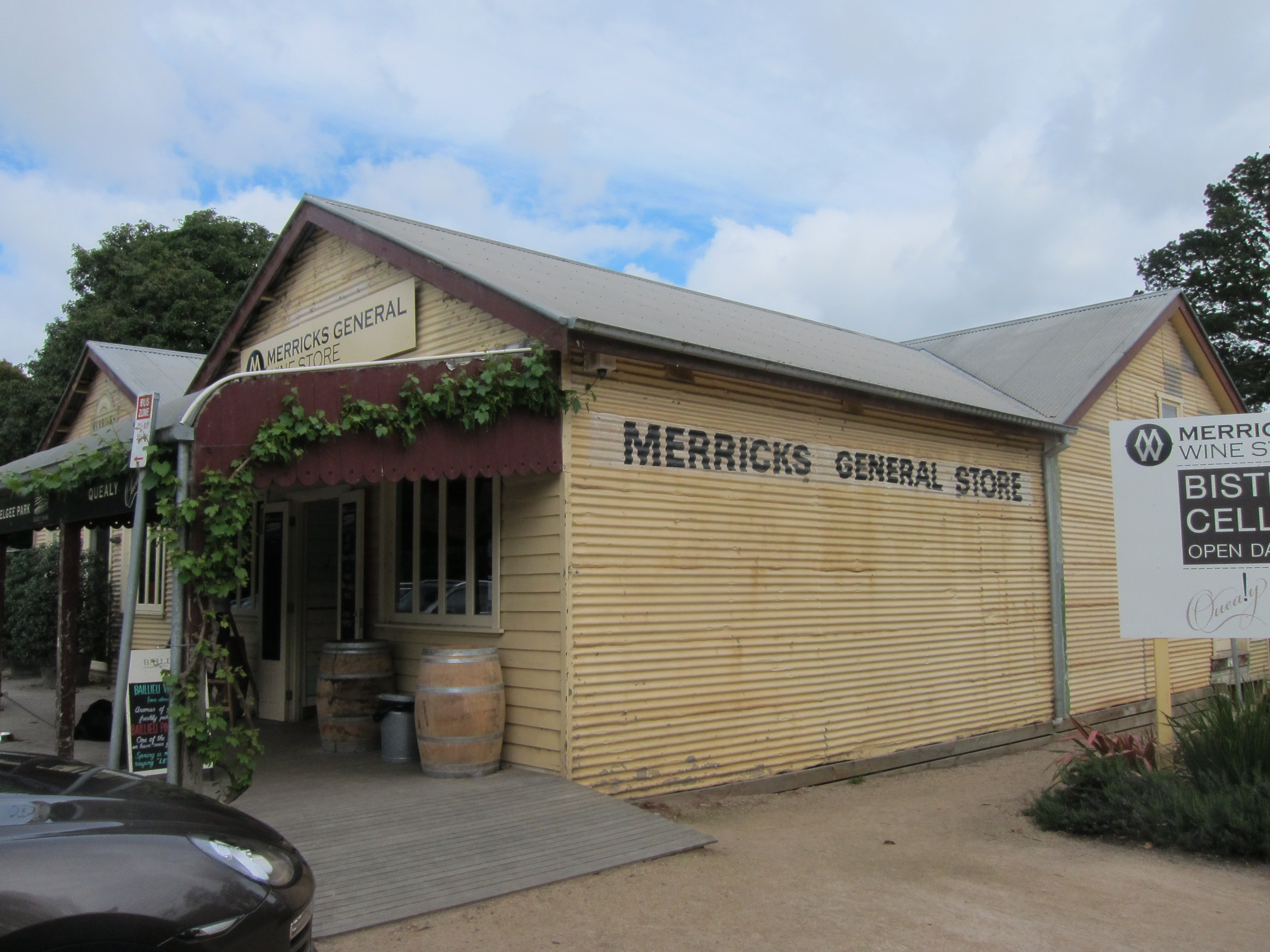 Mornington Peninsula Winstons Wine World